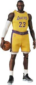 MAFEX-LeBron-James-Los-Angeles-Lakers-Japan-version