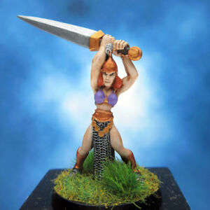 Painted-I-Kore-Celtos-Miniature-Elf-with-Great-Sword-III