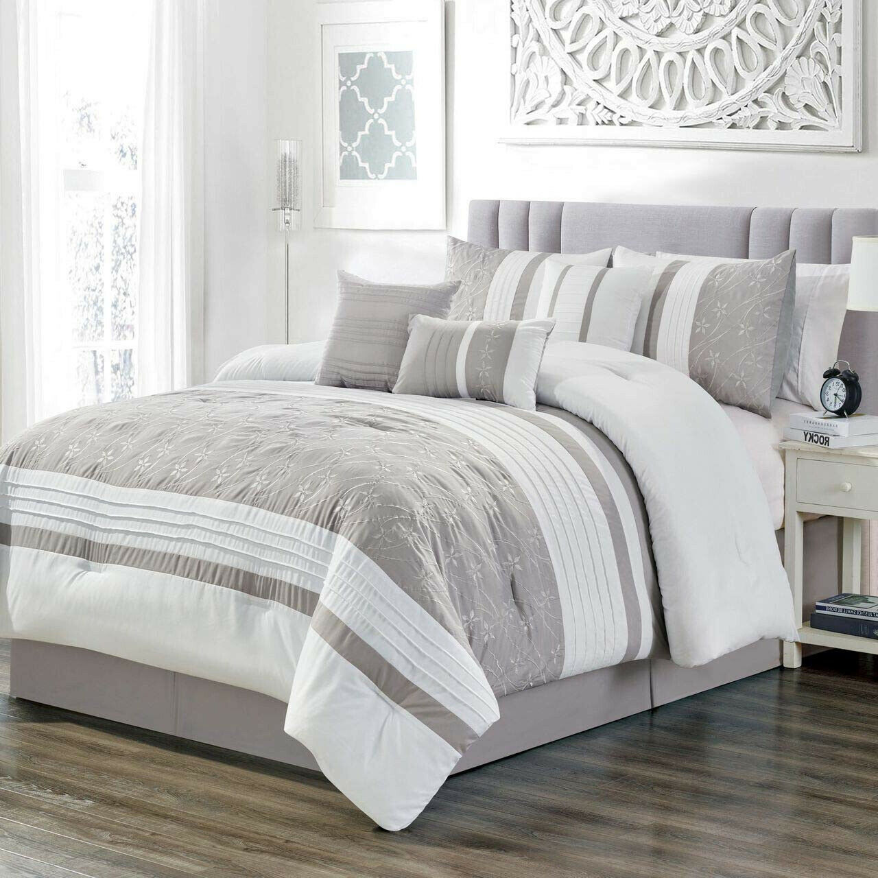 Elegant Taupe Weiß  Floral Pleated 7 pcs Cal King Queen Comforter Set New