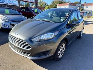 2016 Ford Fiesta EXCELLENT FUEL SIPPER