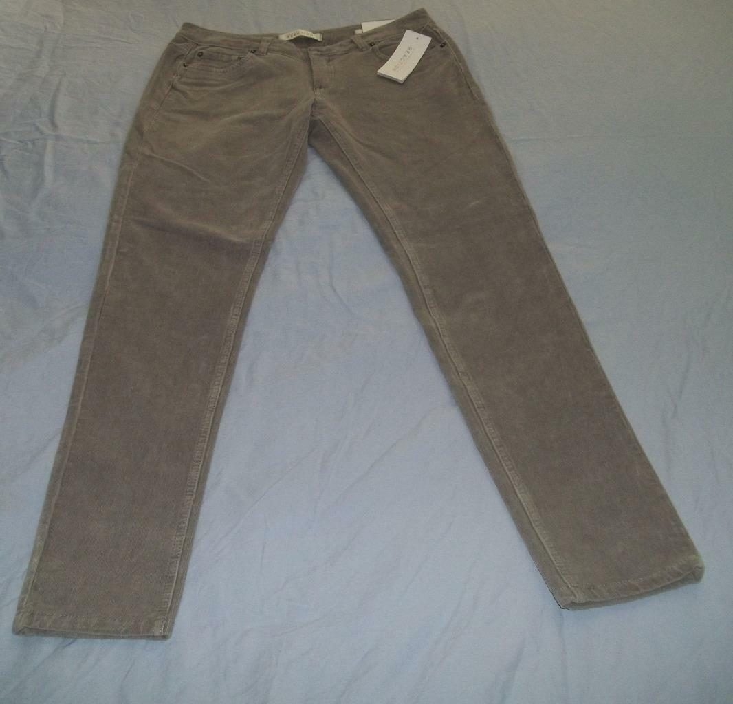 New Kenneth Cole Women's  corduroy skinny pants size 6