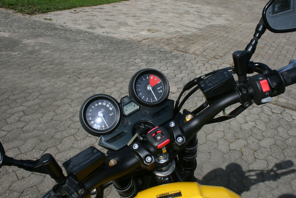 Yamaha XJR 1300 60TH