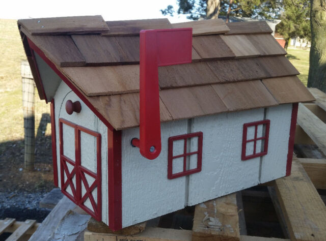 Amish Crafted Beige (Red Trim) Barn Style Mailbox ...
