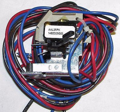 CUTLER HAMMER 1A 1B  AUXILIARY Switch L FRAME TYPE LD HLD  A1X4PK 1493D44G02