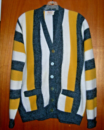 Campus Luxury Line Men's Vintage Cardigan Sweater