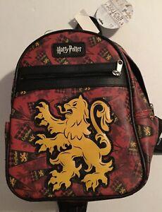 Harry Potter Gryffindor Alumni Retro Vintage Travel Canvas Backpack Bag