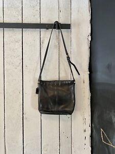 Vintage 80s Black Leather Classic Coach Cross Body Duffle Sax Hand Bag