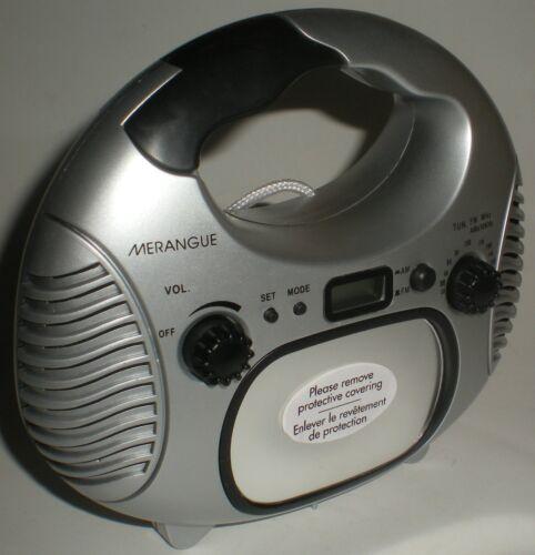 SHOWER WATER RESISTANT AM/FM RADIO LCD DIGITAL CLOCK FOG FREE MIRROR SILVER NEW