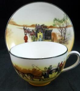 Royal-Doulton-COACHING-DAYS-SMOOTH-BONE-Cup-amp-Saucer-E3804-G-GREAT-CONDITION