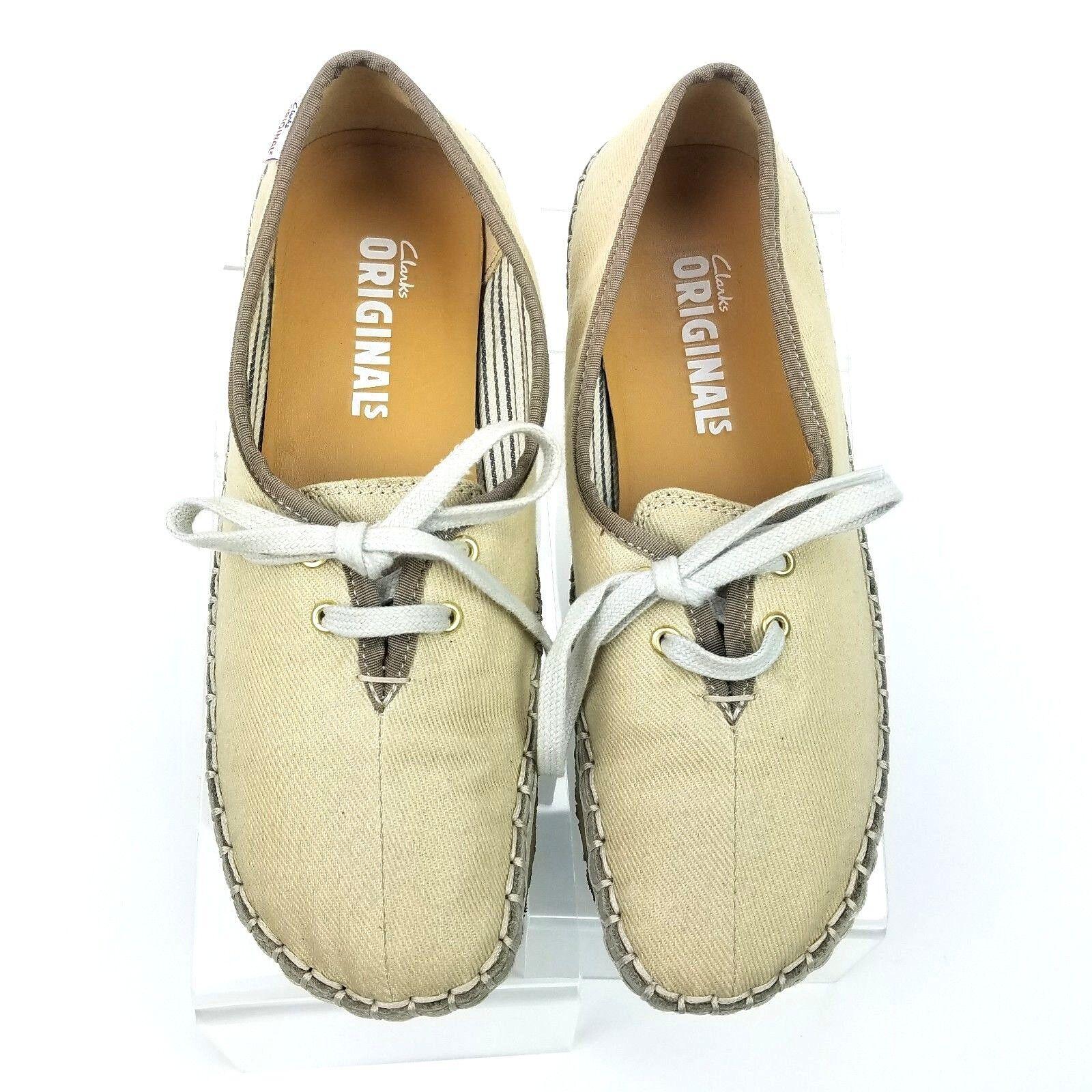 CLarks Originals Beige Canavs Crepe Sole Sneaker shoe US 7.5M 2 EYE