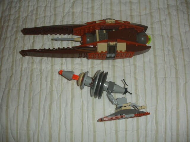 LEGO STAR WARS 4478 GEONOSIAN FIGHTER Episode II 2 RETIrosso RARE