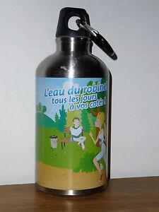 Gourde-avec-mousqueton-La-societe-wallonne-des-eaux