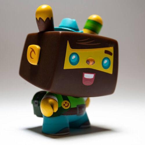 """DCON Vincent Kidrobot Designer CON DCON 3/"""" Dunny Series"""