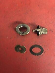 Vintage-Haley-Knucklehead-Flathead-Panhead-Windshield-Tool-Saddlebag-Turn-Lock-2