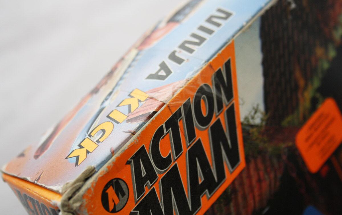 RARE VINTAGE 1997 ACTION ACTION ACTION MAN NINJA KICK FIGURE EUROPEAN HASBRO NEW SEALED c60540