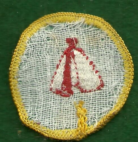 CHEESECLOTH BACK PIONEER GIRL SCOUT CADETTE BADGE
