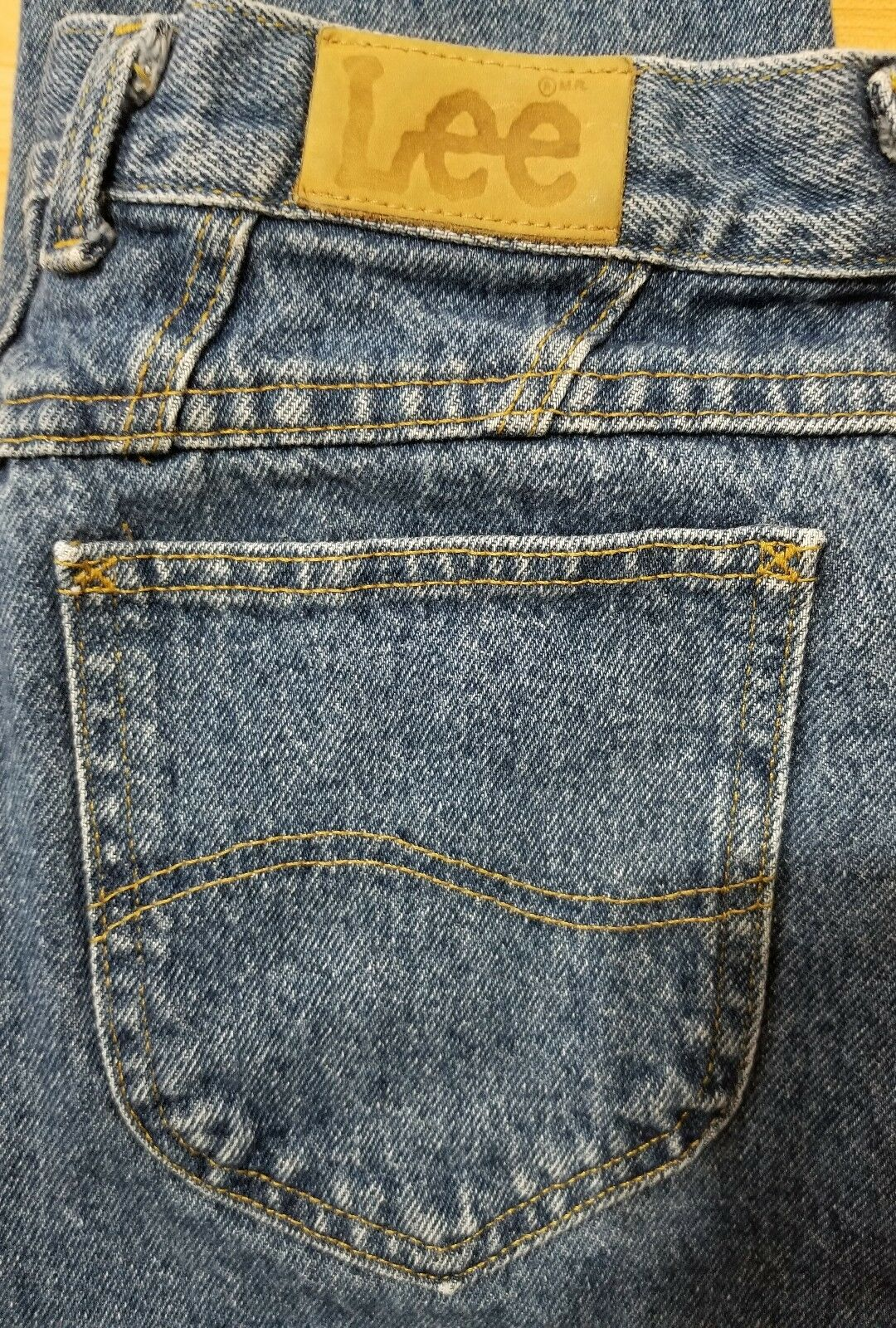 Vintage Lee Womens Mom Jeans High Waisted Tapered Med Wash USA Union Made 14 M