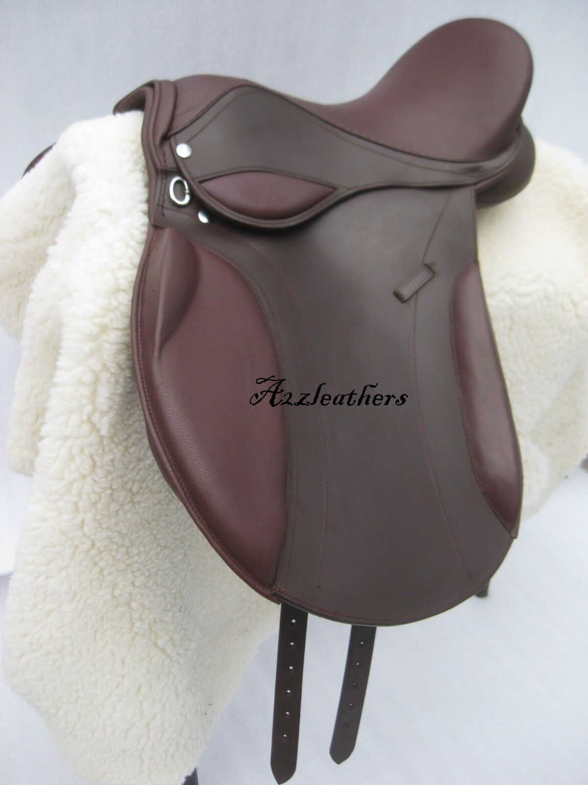 Latest Self adjusting Brown GP(Jumping) Treeless Saddle , 9 Sizes free accessory