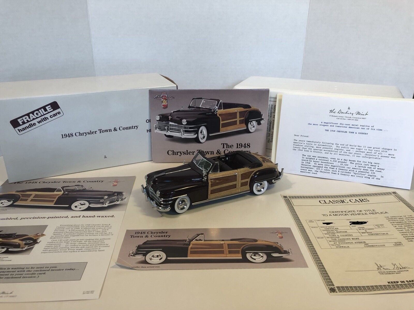 Danbury Mint 1948 Chrysler Town and Country 1 24 -skala modellllerlbil