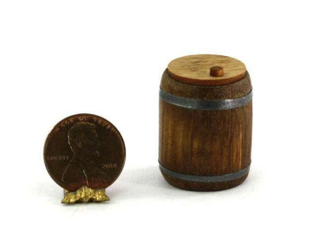 Sir Thomas Thumb Handcrafted Small Pickle Barrel 1:12 Dollhouse Miniatures