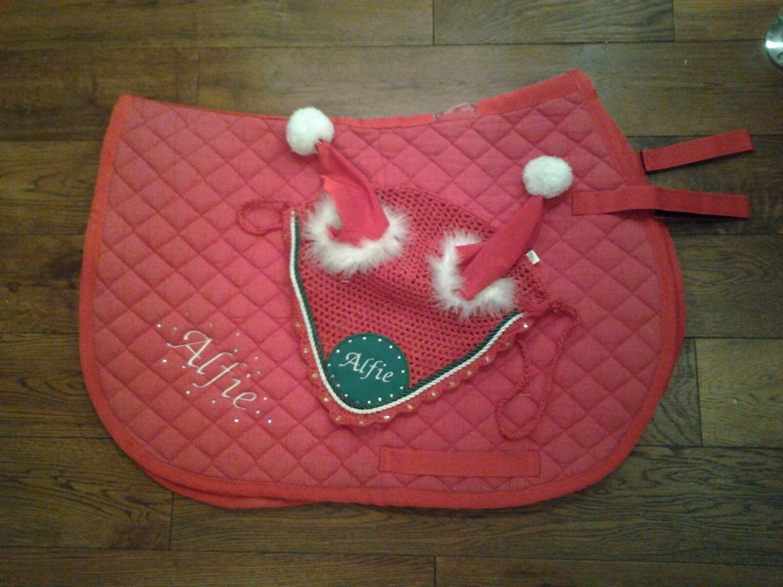 Xmas numnah and fly veil sets personalised with your Initials or Name