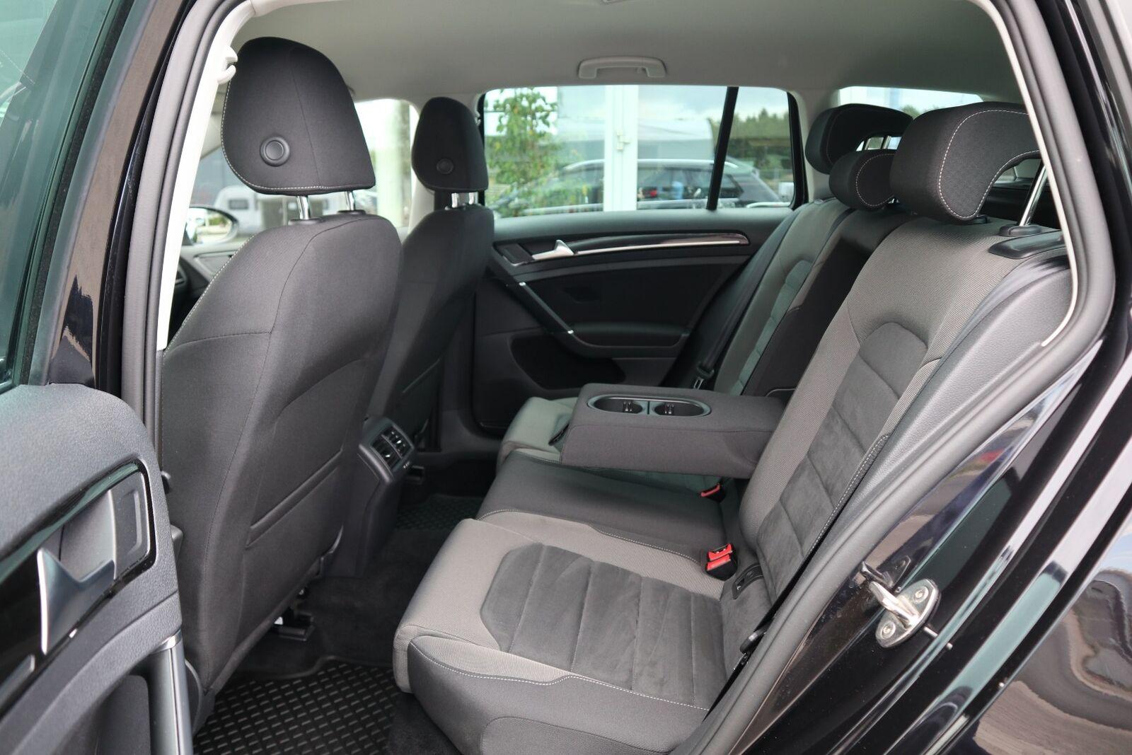 VW Golf VII 1,5 TSi 150 Highline Variant DSG