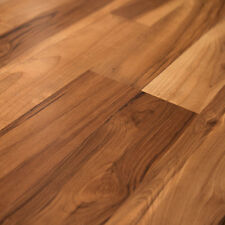 Quick-Step Eligna Spiced Tea Maple 8mm Wood Laminate Flooring U1908-SAMPLE