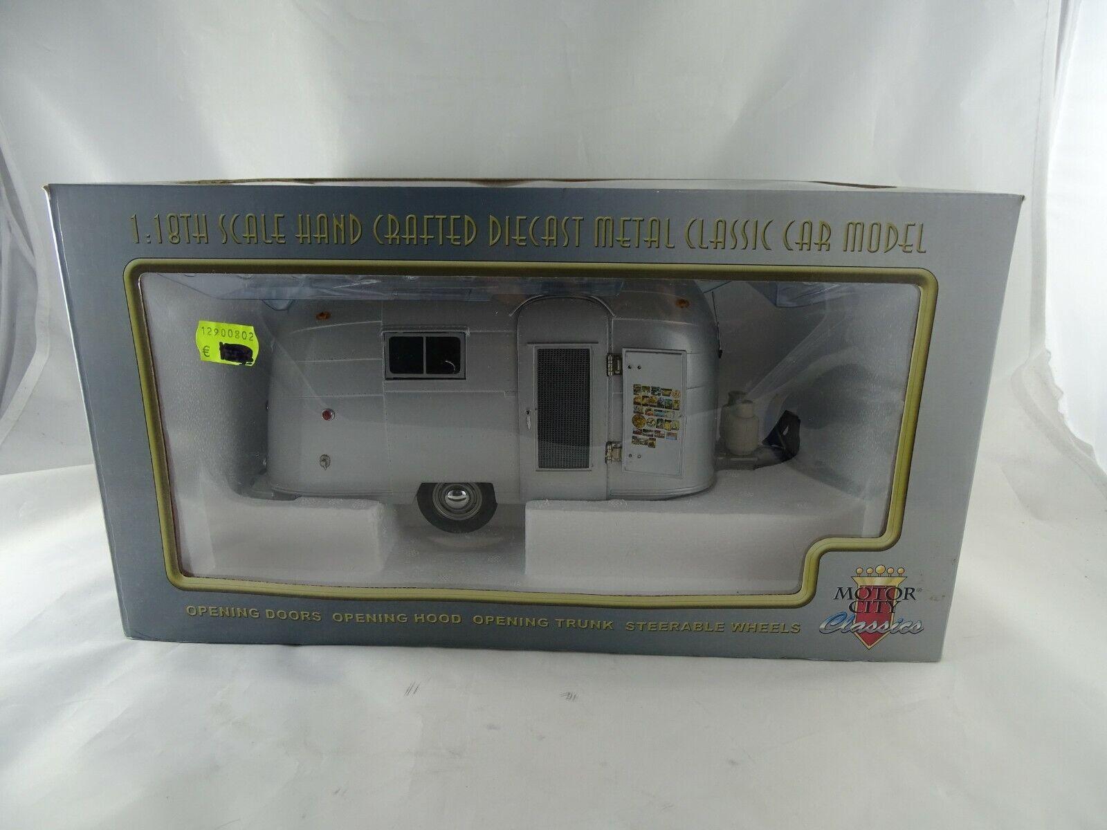 1 18 MCC  92005 AIRSTREAM trailer roulotte argentoO METALLIZZATO rarità
