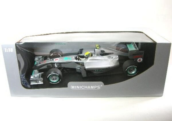 MERCEDES GP No. 4 N. rosberg formule 1 showcar 2010