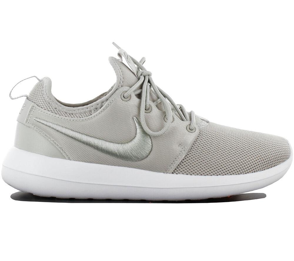 Nike Roshe Deux Br Breeze Chaussures Baskets pour Femmes Gris 896445-002 Une