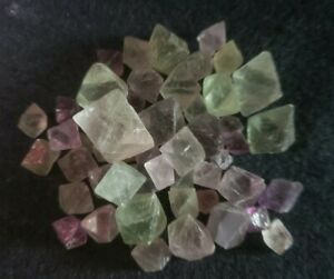 PURPLE-BLUE-RAINBOW-AND-GREEN-FLUORITE-OCTAHEDRONS-NATURAL-430CTS-86GMS