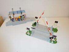Playmobil railway crossing train + station 4304 4010 4017 5258 etc type 4306 (2)
