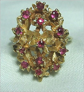 14K-XL-Victorian-Cut-Ruby-Hand-Engraved-Flowers-Ring-Yellow-Gold-Heavy-6-6-Grams