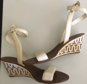 d48fc618721 Image is loading 250-TORY-BURCH-White-Wedges-LeatherThames-Sandals-10-