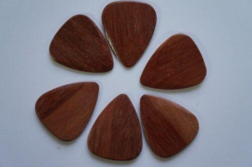 Single Pick Timber Tones Luxury Wood Guitar Pick Cobra/'s Saffron