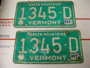 1980-80-Vermont-VT-License-Plate-1345D-Green-Mountains-Pair