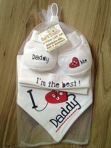 I LOVE DADDY BABY BOY GIRL BANDANNA BIB HAT BOOTIES SHOWER GIFT SET WHITE