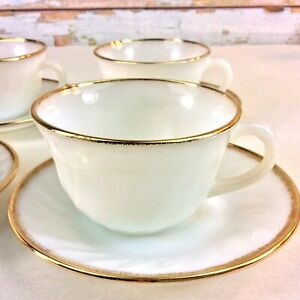 Anchor-Hocking-Fire-King-Teacup-amp-Saucers-Set-of-4-Gold-Trimmed-Milk-Glass-USA