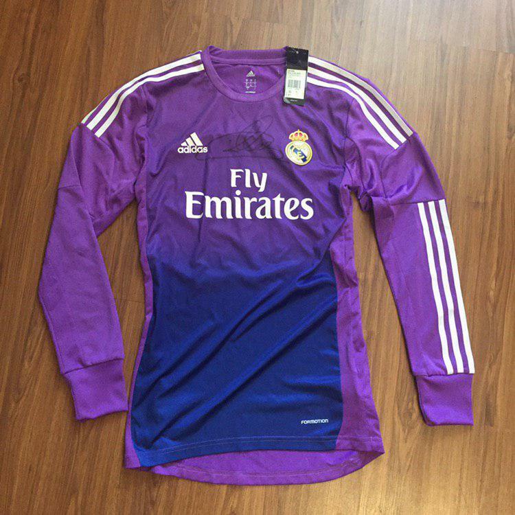 IKER CASILLAS firmato REAL MADRID 16 17 PORTIERE Camicia prova mostrato