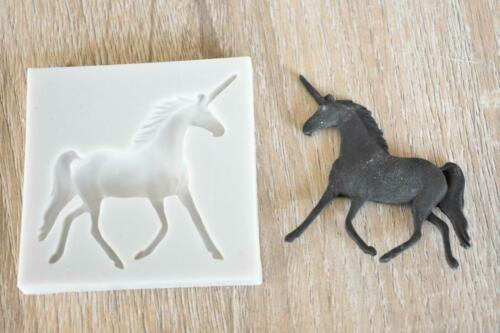 SM 1238 Unicorn Horse Silicone Mould Mold Paperclay Cake fondant