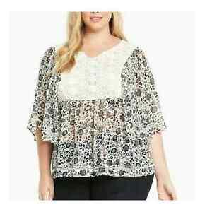 Torrid Crochet Lace Boho Batwing 3/4 Sleeve Blouse Size 12