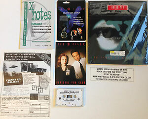 The X-Files Novelty Collector Items Light Key Chain, Fan Club Kit, Mouse Pad X5