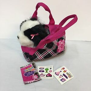 FurReal-Friends-Tea-Cup-Pup-On-The-Go-King-Charles-Pet-Puppy-Dog-Purse-Hasbro