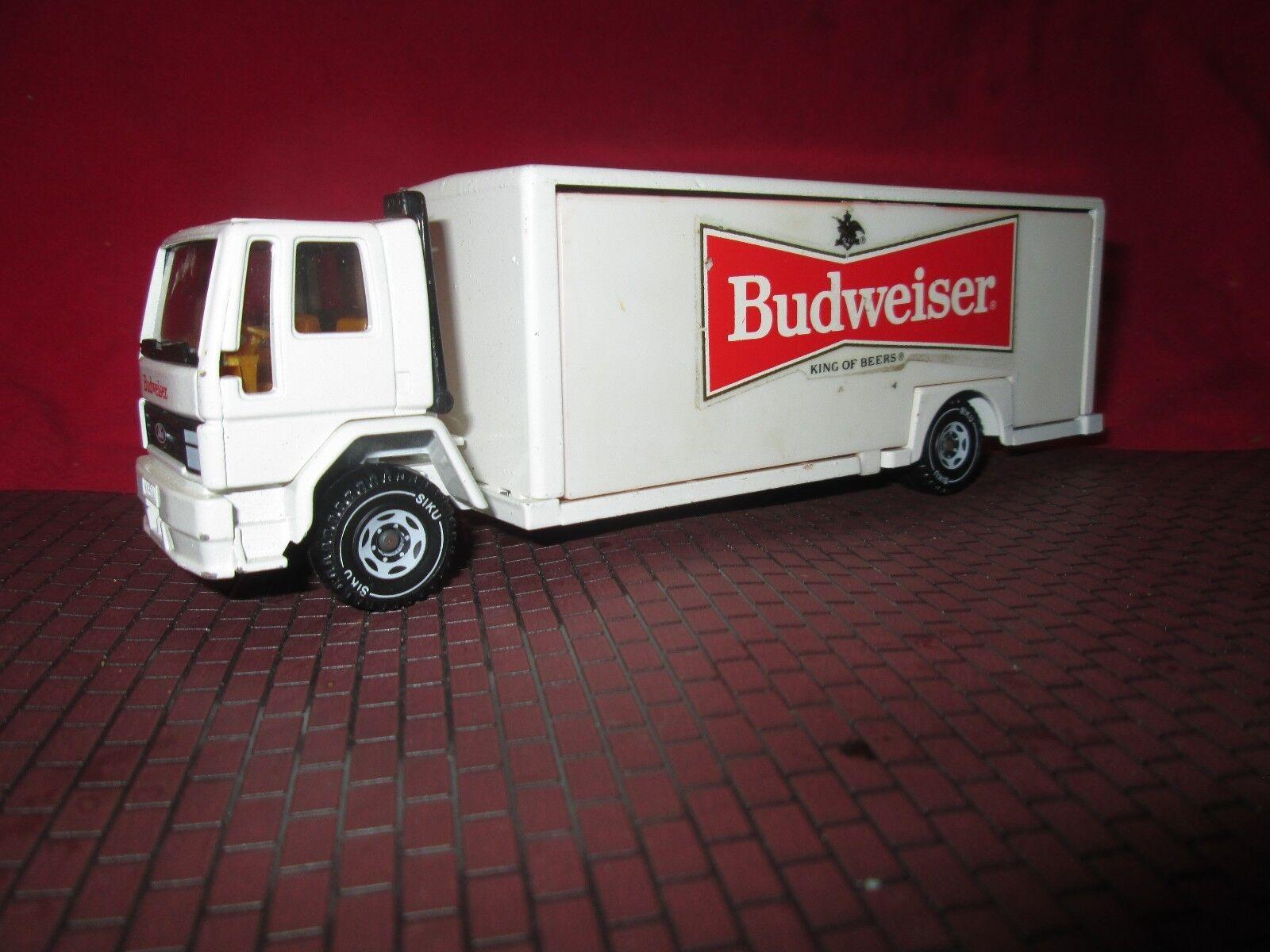 SIKU Budweiser CAB sur moteur FORD CARGO CAMION DE LIVRAISON 1 55 Scale eurobuilt