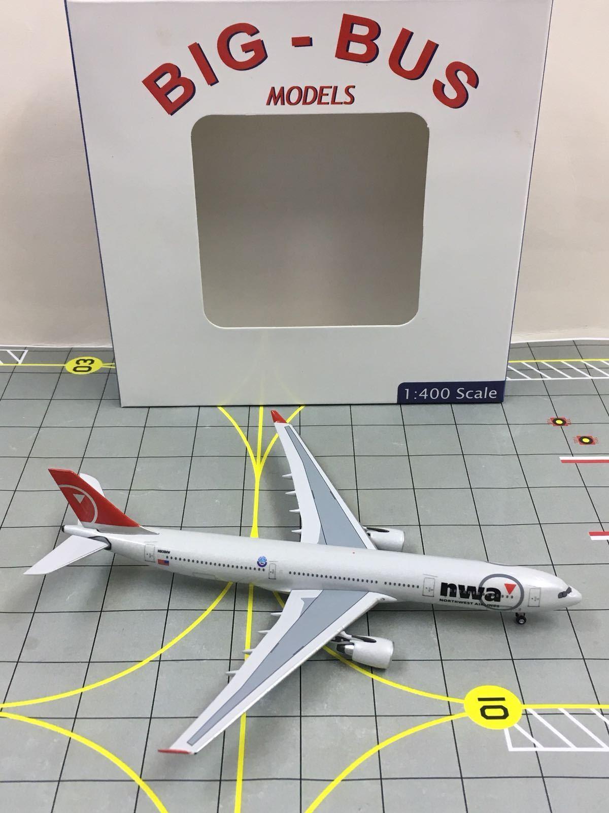 AeroClassics 1 400 NWA Northwest Airlines Airbus A330-300 N808NW