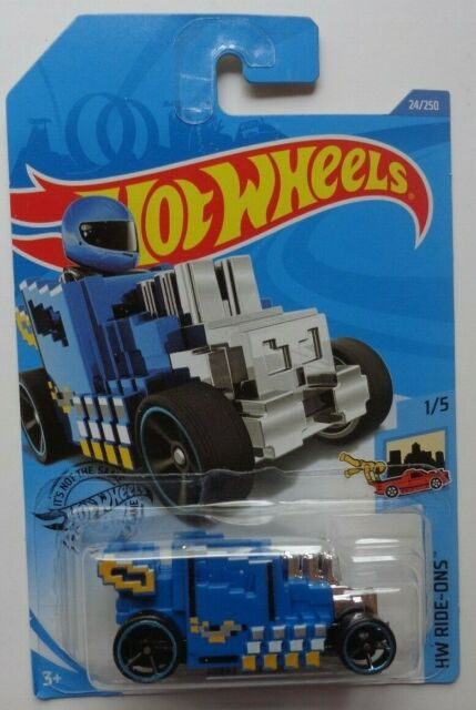 24//250 Blue Hot Wheels 2020 Hw Ride-Ons Pixel Shaker