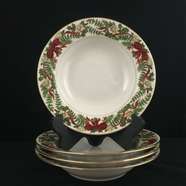Set of 4 Rim Soup Bowls by American Atelier Santa Holly and Berries Christmas