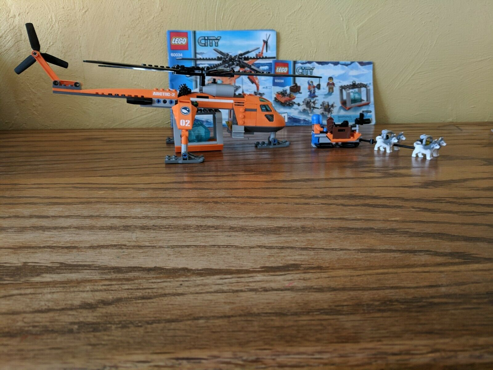Lego City Arctic Lot-complete with instructions-sets 60032 and 60034