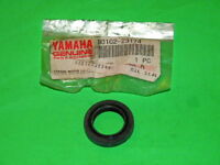YAMAHA NOS OIL SEAL CRANK SHAFT R/H QT50 PW50 93102-23174