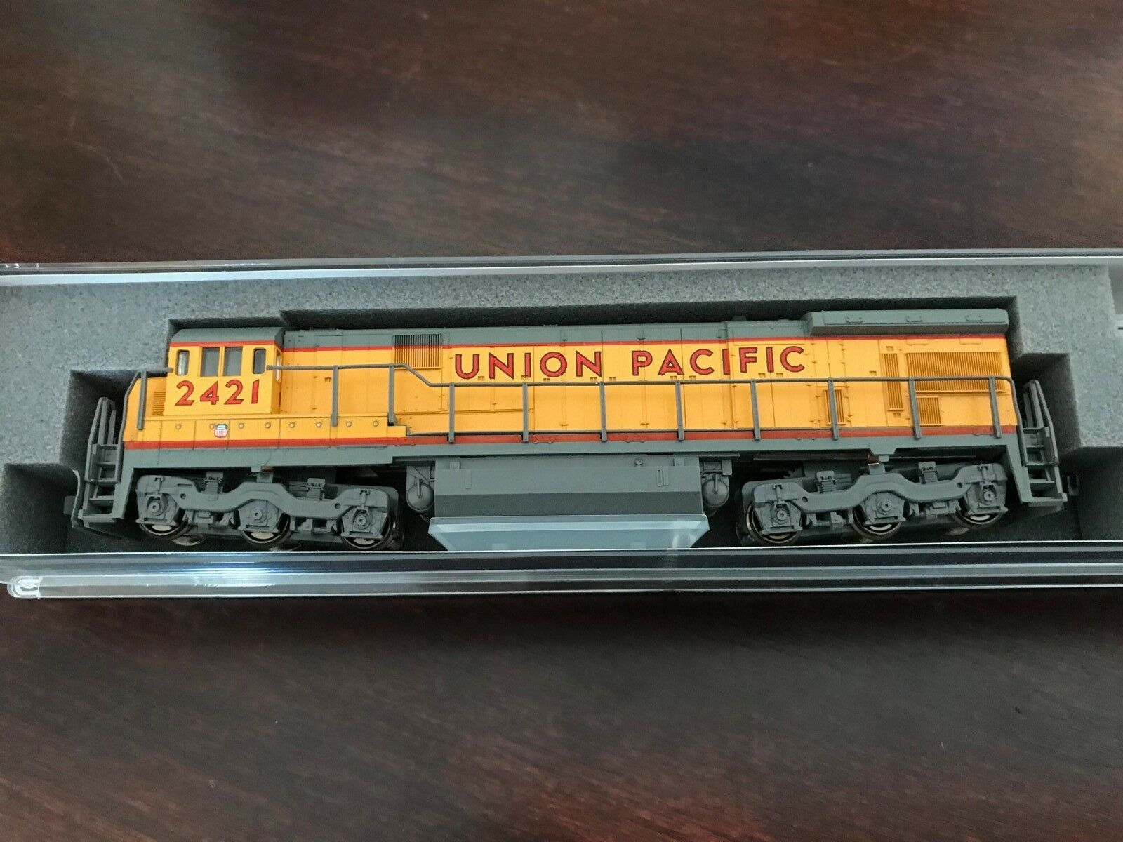 NEW - Kato 176-0946  Union Pacific C30-7 N-Scale DCC Ready